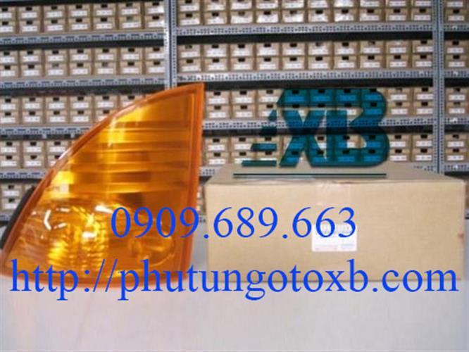 Đèn xinhan Hino 500 RH Cam