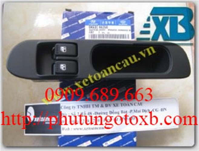 Công tắc nâng kính cửa Bên trái Hyundai PoterII 1,4 tấn