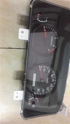 Đồng hồ taplo ISUZU (700P)